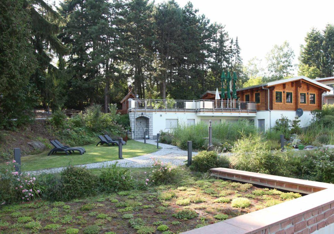 Ferienpark Hesselhof - Ferienwohnungen und Wellnessanlage in Rimbach, Odenwald (Foto 02)
