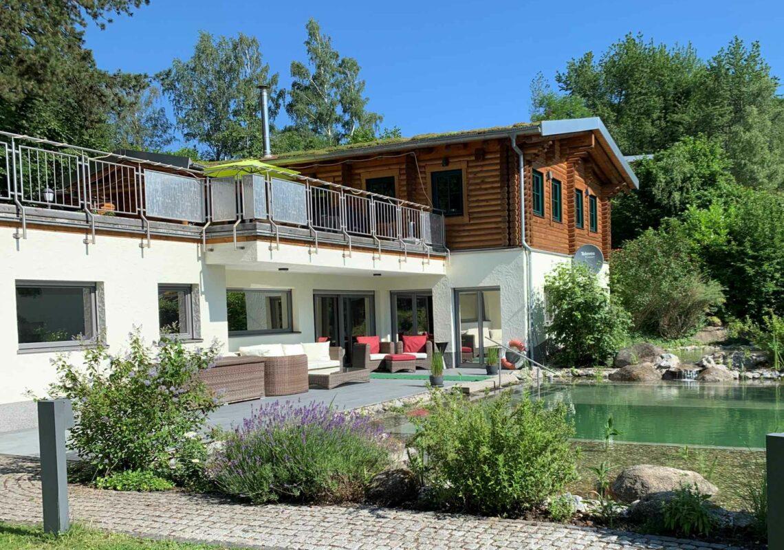 Ferienpark Hesselhof - Ferienwohnungen und Wellnessanlage in Rimbach, Odenwald (Foto 01-2021)