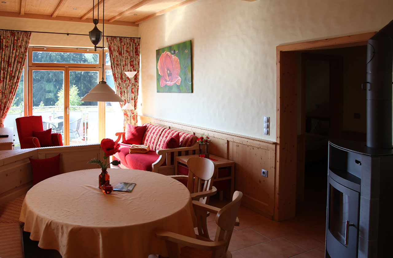 Ferienwohnung Mohnblume (Foto 01). Ferienpark Hesselhof - Ferienwohnungen und Wellnessanlage in Rimbach, Odenwald