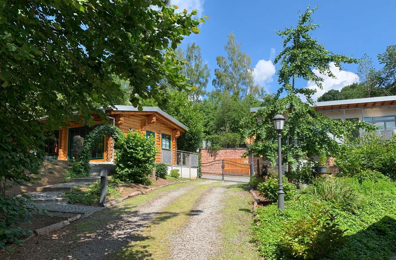 Ferienwohnung Rosenhaus (Foto 01). Ferienpark Hesselhof - Ferienwohnungen und Wellnessanlage in Rimbach, Odenwald