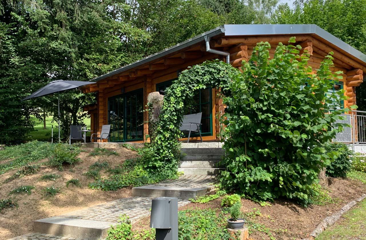 Ferienwohnung Rosenhaus (Foto 02). Ferienpark Hesselhof - Ferienwohnungen und Wellnessanlage in Rimbach, Odenwald